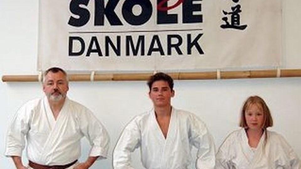 Karate er for udøvere i alle aldre - også i Aalborg Karate Skole, hvor mange over 50 år prøver kræfter med sporten.