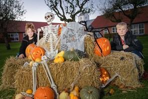 Se billederne: Da Halloween kom til Blenstrup