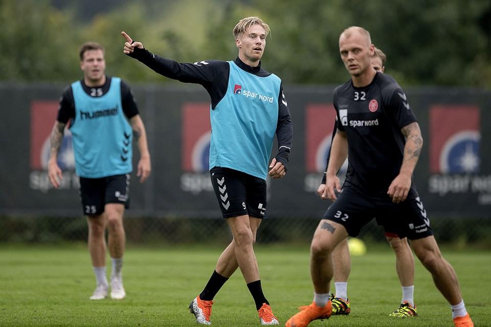 Den 28-årige hollandske angriber Tom van Weerts trænede torsdag for første gang med i AaB. Foto Lars Pauli