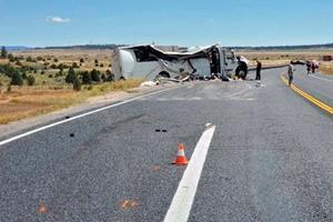 Mindst fire dør i i busulykke i USA