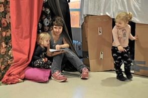 Elever bag juleshop i J.P. Jacobsen Centret