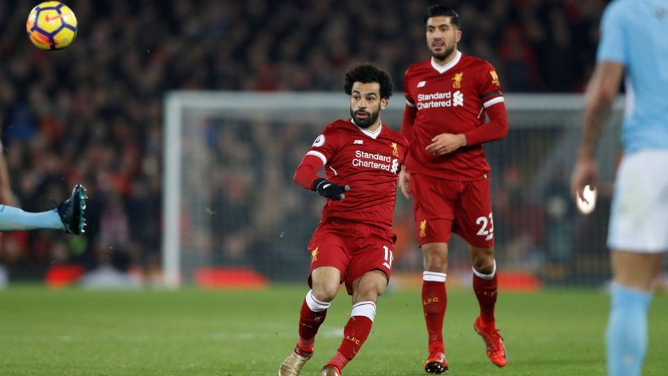 Mohamed Salah sparker 4-1-målet i kassen fra lang afstand i hjemmekampen mod Manchester City. Foto: Carl Recine/Ritzau Scanpix