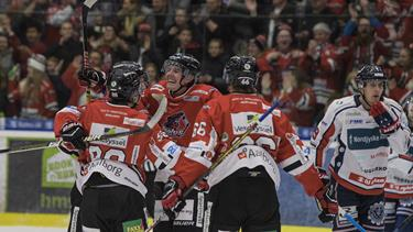 Nordjysk ishockey i topklasse: Pirates holder fast i førstepladsen