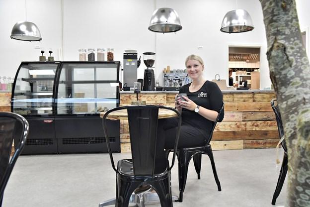 Maria Ellesøe Dalsgaard åbner Café Nature i Metropol ShoppingCenter onsdag 1. august. Foto: Bente Poder