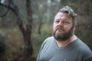 Forfatter og journalist bliver ny præst i Skagen:  - Jeg griber det lidt mere kreativt an