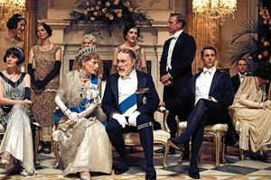 På Downton Abbey står alt på den anden ende, da der kommer kongeligt slotsbesøg