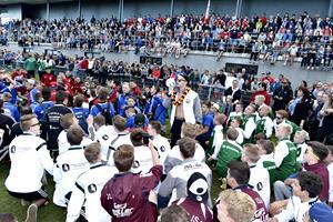 Danskere laver balladen ved fodboldcup