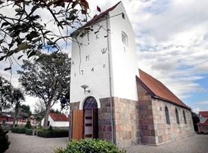 """Kirker på skrump: Præst i Onsild siger farvel efter 37 år - afløses af """"en halv præst"""""""