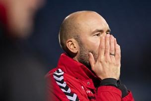 Fødsel eller fodbold: AaB-træner kan misse OB-kamp