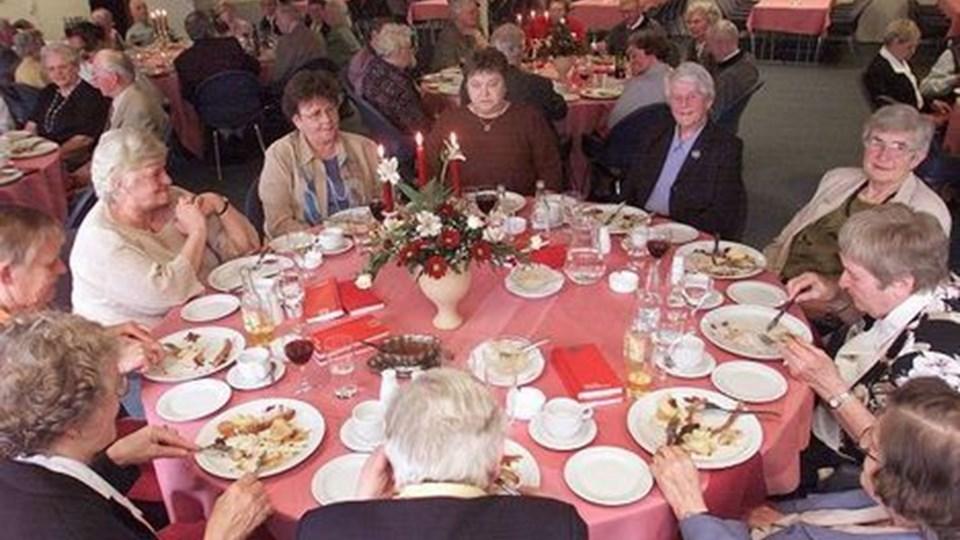 Pensionisterne forstår at feste. Arkivfoto Martin Damgaard.