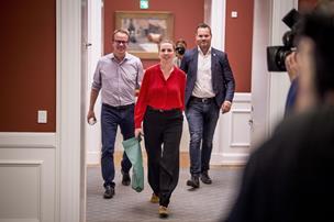 Folketingets ledelse skal diskutere Frederiksens toprådgiver