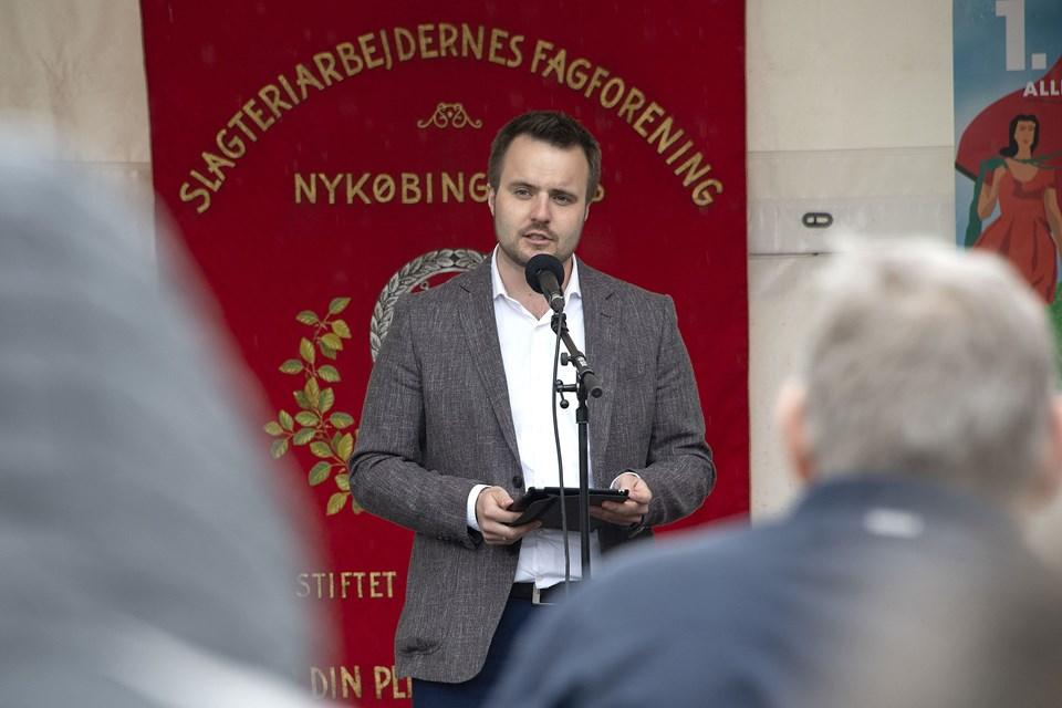 Helle Møller Larsen