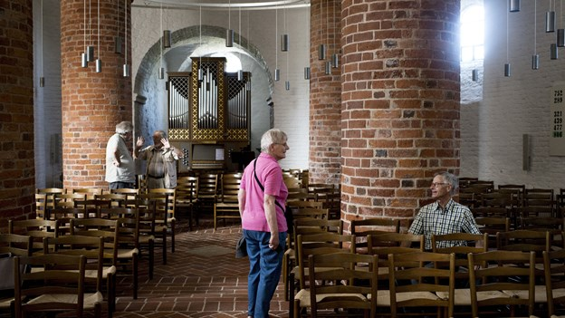 Tyve har stjålet 143 designerstole fra kirke