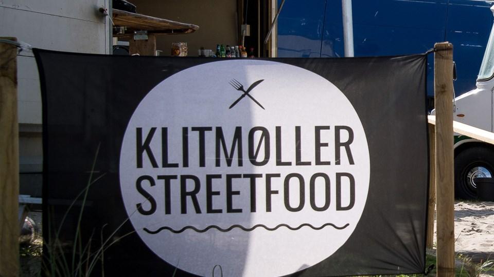 I sommeren 2017 var der streetfood på landingspladsen i Klitmøller. Står det til flertallet i teknisk udvalg, skal der være det igen. Både her og i Vorupør, men kommunalbestyrelsen har det sidste ord i sagen. Arkivfoto: Bo Lehm