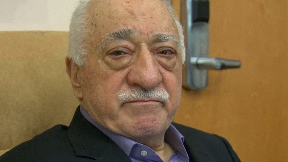File still image taken from video of U.S.-based cleric Fethullah Gulen, whose followers Turkey blames for a failed coup, speaks to journalists at his home in Saylorsburg Foto: Reuters/Reuters Tv