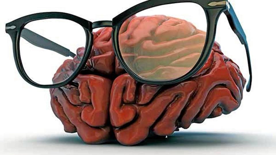 Selv om du måske glemmer nøglerne lidt oftere, når du passerer 50 år, så har din hjerne andre styrker, når du bliver halvgammel. Foto: voksnekvinder.dk