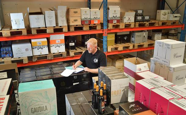Ny vinhandel: Kom til lagersalg og gratis smagning