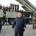 """Smilende Nordkorea-leder: """"Fantastisk våben"""""""