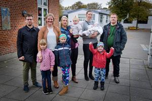 Ronni og Mareike droppede bylivet: Lille landsby har stor succes med at tiltrække familier
