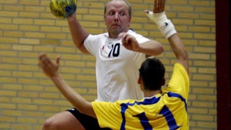 Spillende træner Mikael Eriksen var selv blandt de store skuffelser hos Team NH i kampen mod Farsø.