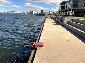 - Lad være med at tisse i havnen - du falder bare ned i vandet...