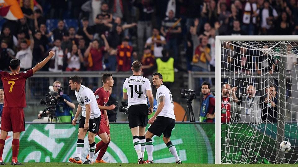 James Milner scorede selvmål, da Roma udlignede til 1-1. Foto: Reuters/Alberto Lingria