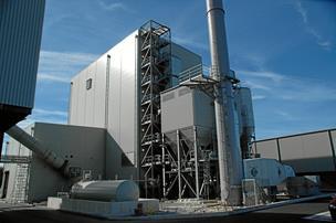 Energifirma halverer omsætningen og taber penge for første gang i fem år