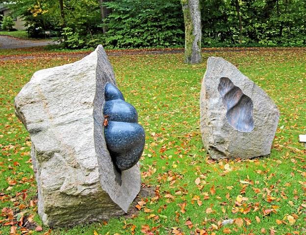 Den smukke skulptur, skabt af Stinne Teglhus, bliver nu takket være en privat giver stående ved indkørslen til Dronninglund. Foto: Jørgen Ingvardsen