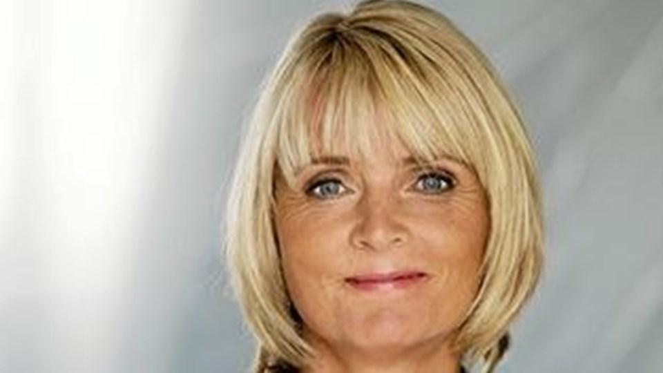 Hanne-Vibeke Holst: Næste roman bliver om hendes far. Foto: Gyldendal