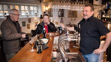 Øv, siger de i Lønstrup: Turister kommer i tusindvis til fyret - men her går de glip af festen