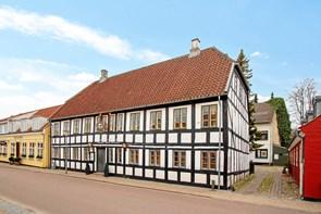 Historisk ejendom er sat til salg i Hjørring