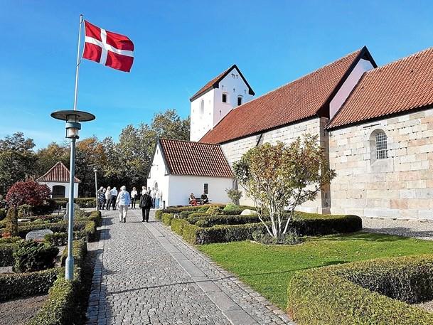 Hele vejen rundt om Svenstrup Kirke