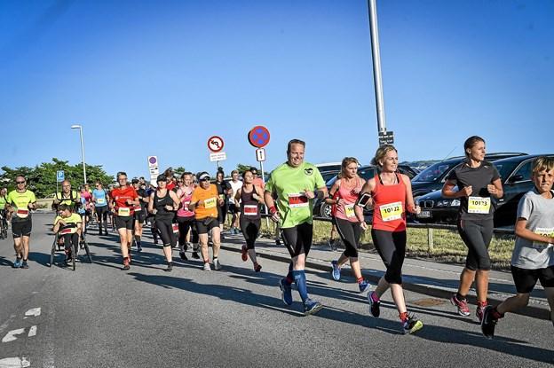 Glade smil - 6, 10 eller 15 km. venter. Foto: Ole Iversen