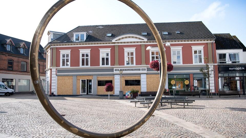 Stor butikskæde med make-up, cremer og helseprodukter åbner i november på Springvandspladsen i Hjørring. Foto: Bente Poder.