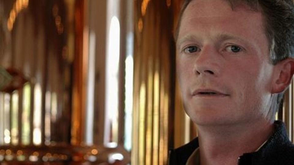 Ejnar Tylvad, der er medvirkende i ¿Jagten på Landlivet¿, er gået fra at være arbejdsmand til at stå i spidsen for et eksklusivt bryghus et sted derude, hvor de fleste for længst er vendt om.Foto: Documentary.dk