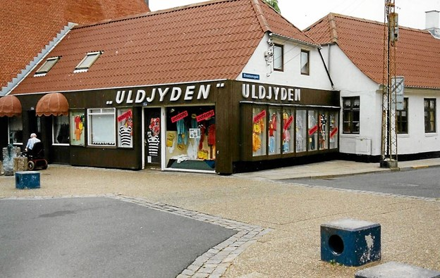 Den gamle butik 'Uldjyden' i midtbyen, som blev startstedet for de to. Butikken er i dag blomsterbutik. Foto: Mogens Lynge