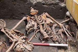 Massegrav fundet midt i Aalborg