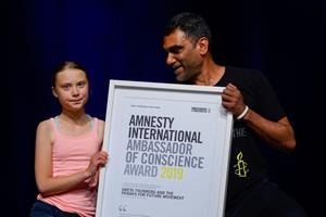 Greta Thunberg modtager fornem pris fra Amnesty