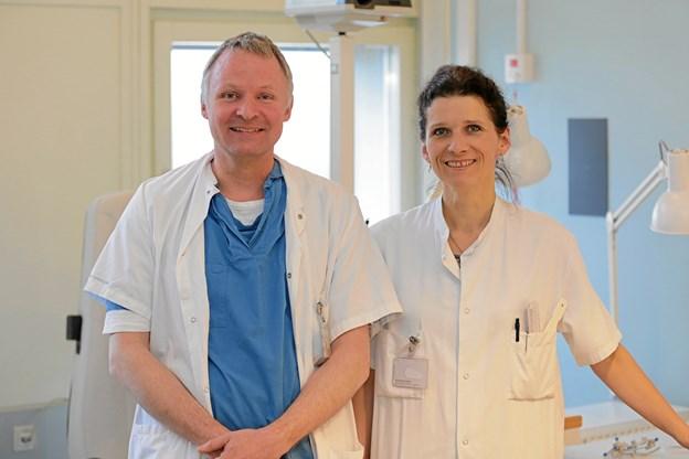 Ved informationsmødet i Stubhuset vil øjenlægerne Anders Kruse og Lotte Welinder fra Aalborg Universitetshospital informere om de hyppigste øjensygdomme. Arkivfoto