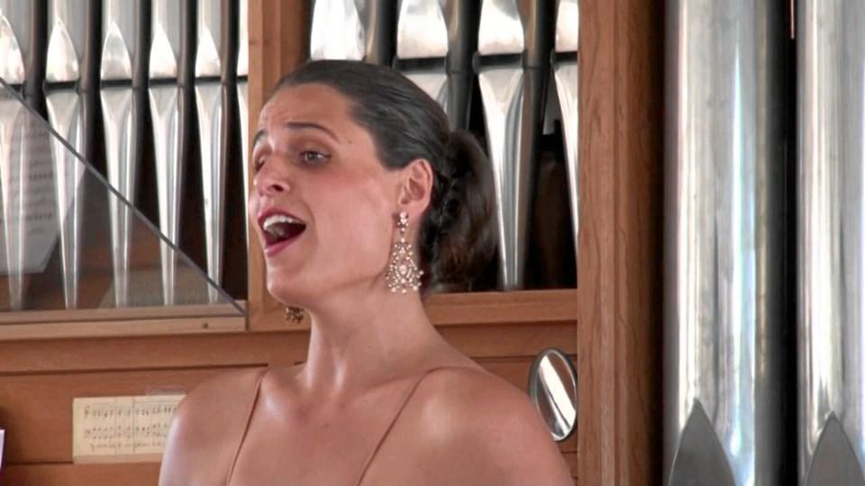 Diana Panzeri i Bindslev Kirke skærtorsdag. Privatfoto