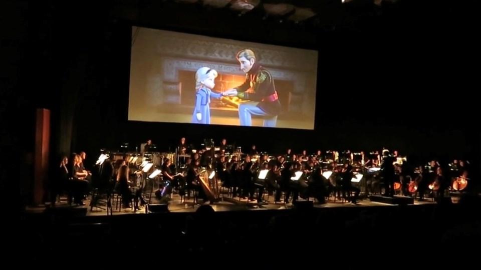 Arrangør John Christoffersen glæder sig over, at filmkoncerterne bringer de danske symfoniorkestre og filmmusikken ud til et nyt publikum: - Især unge mennesker oplever, hvor fantastisk et klassisk orkester kan fungere. Foto: Christopher Entertainment
