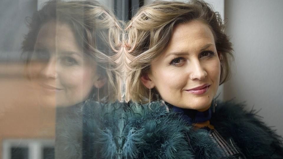 Stine Bramsen husker tilbage på de mange første gange i sin lange karriere som sangerinde. Foto: Scanpix/Niels Ahlmann Olesen