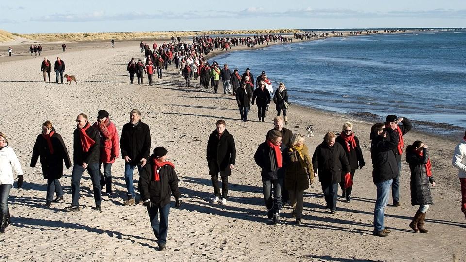 Grenen besøges hvert år af millioner af turister, og der er ofte behov for hjælp og vejledning på en af Danmarks mest benyttede p-pladser. Arkivfoto: Peter Broen