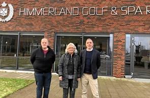 Golfcenter donerer møbler til udsatte